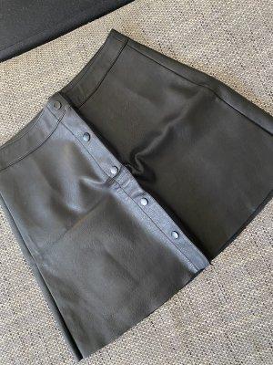 Only Skórzana spódnica czarny