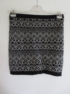 Jake*s Knitted Skirt black-white wool