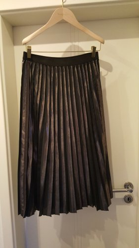Marc Cain Pleated Skirt black-gold-colored