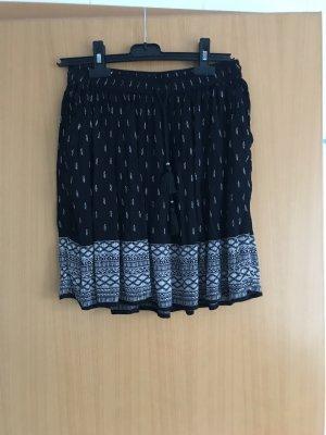Pimkie Spódnica midi czarny-w kolorze białej wełny