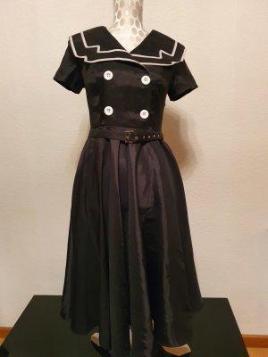 ChicStar Sukienka z halką czarny