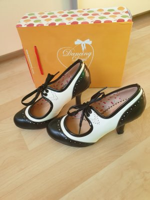 dancing days Mary Jane Pumps white-black