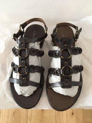 Janet D Sandalias romanas marrón oscuro-color bronce Cuero