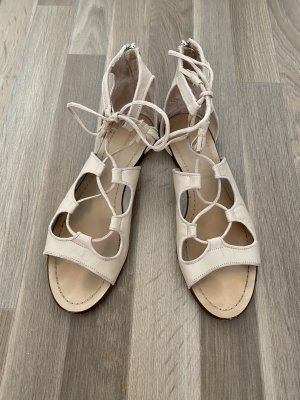 Römer Sandalen in Nude von Zara Gr.41