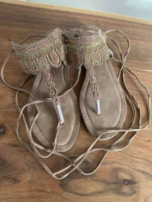 Sandalo romano beige-marrone chiaro