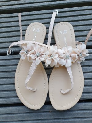 Röschen-Sandalen