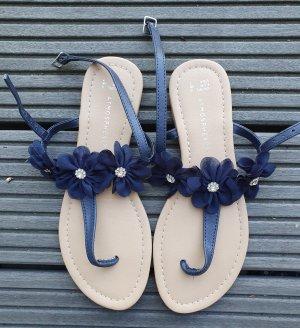 Röschen Sandalen