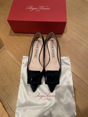 Roger Vivier Dunkelblaue Ballerina flache Schuhe Gr. 40,5