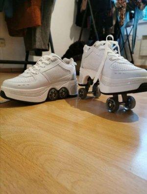 Roller skate shoes - heelys