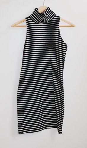 Rollkragen Kleid