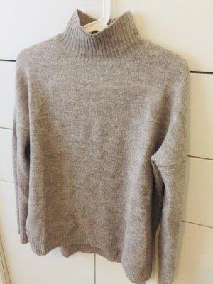 My Holly's Sweter z golfem szary
