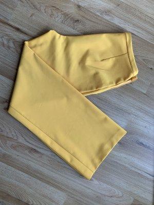 ROman Pantalón pirata amarillo