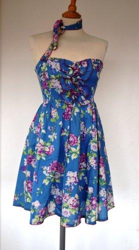 Romantisches Kleid mit Blumen von Eucalyptus Gr. S