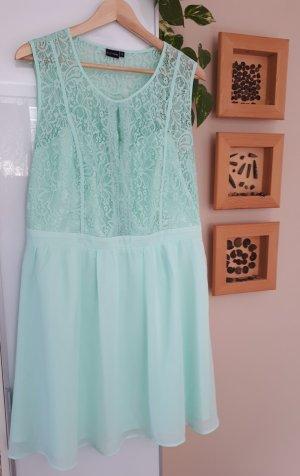 Romantisches Sommerkleid