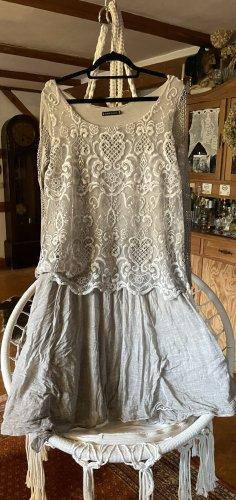 0039 Italy Vestido de encaje crema