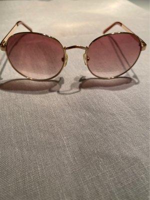 Roots: Sonnenbrille