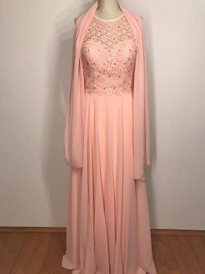 Rosa Abendkleid