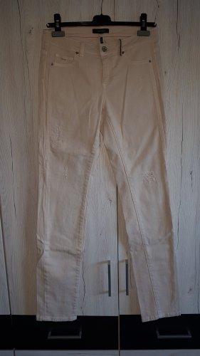 Rosa Destroyed Jeans von Comma