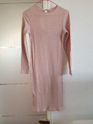 rosa Kleid für Herbst / Winter