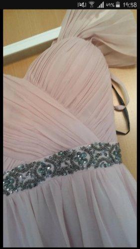 Rosa Knielanges Kleid