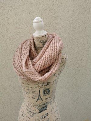 Crochet Scarf dusky pink