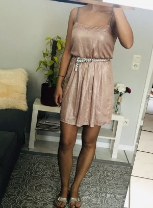 Rosa metallic Kleid