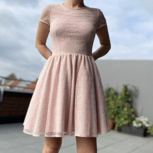 Rosa Prinzessinenkleid