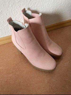 Super Me Slip-on Booties pink