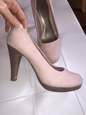 Rosa süße Schuhe von Marco Tozzi