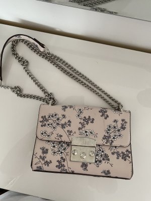 Rosa Tasche mit Blumen