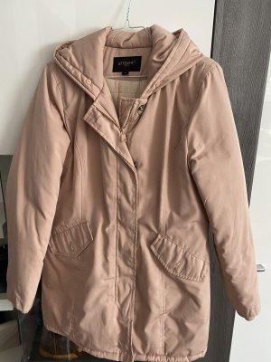 Manteau d'hiver rosé