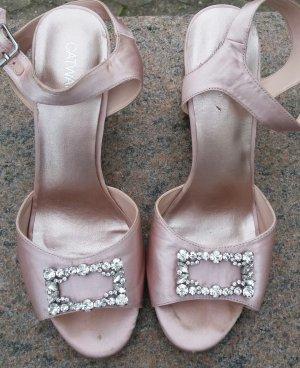 rosafarbene Schuhe