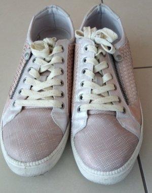 Mustang Shoes Basket slip-on argenté-rosé