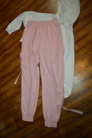 PrettyLittleThing Pantalone da ginnastica rosa chiaro