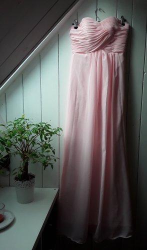 Rosanes Abendkleid