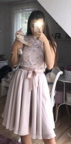 Rosanes Kleid Glitzer