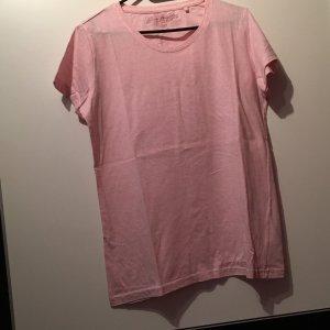 Rosanes T-Shirt