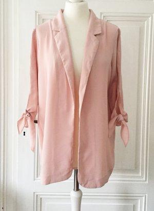 Rosé farbener Blazer mit Schleifen an den Ärmeln von Clockhouse