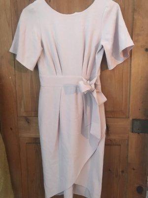 Rose Kleid, made in London, moderne Schnitt