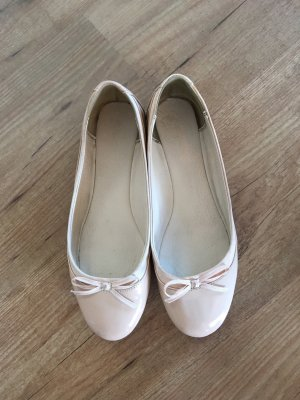 Rosé Lack Ballerinas