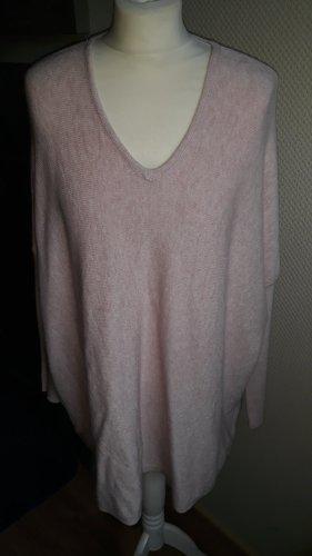 rosefarbener Pullover