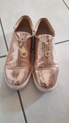 Rosegoldene Sneaker