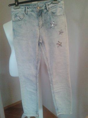 Rosner Jeans mit Pailetten-Sternen