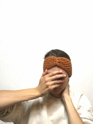 Rostbraunes Stirnband