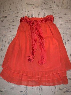 Rot-Orange Kleid