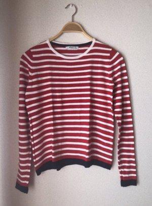 Rot/weiß gestreifter Pullover