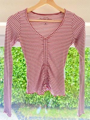 Rot-weiß gestreiftes Shirt von Hollister