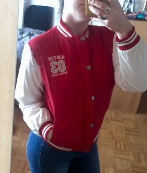 Chaqueta estilo universitario blanco-rojo