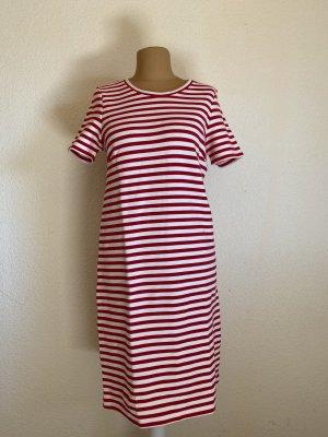 Rot weißes Kleid