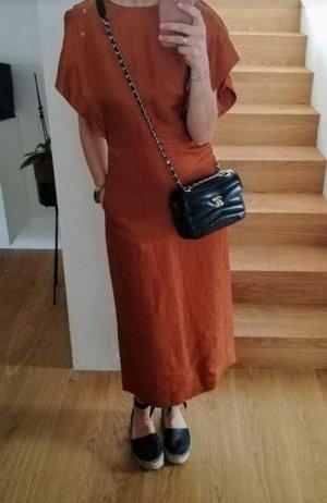 rotbraunes Sommerkleid